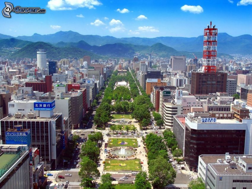 Odori Park, Sapporo, montagne