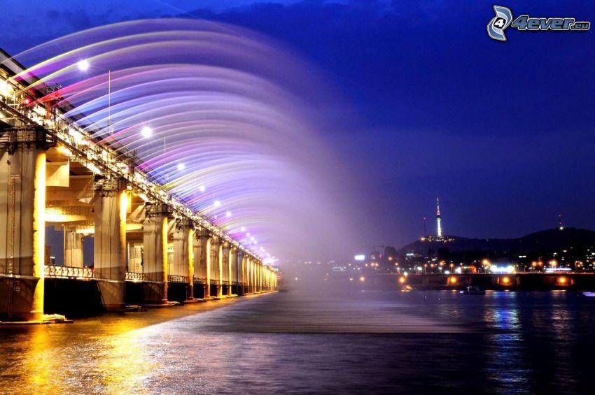 Banpo Bridge, pont illuminé, ville dans la nuit, couleurs
