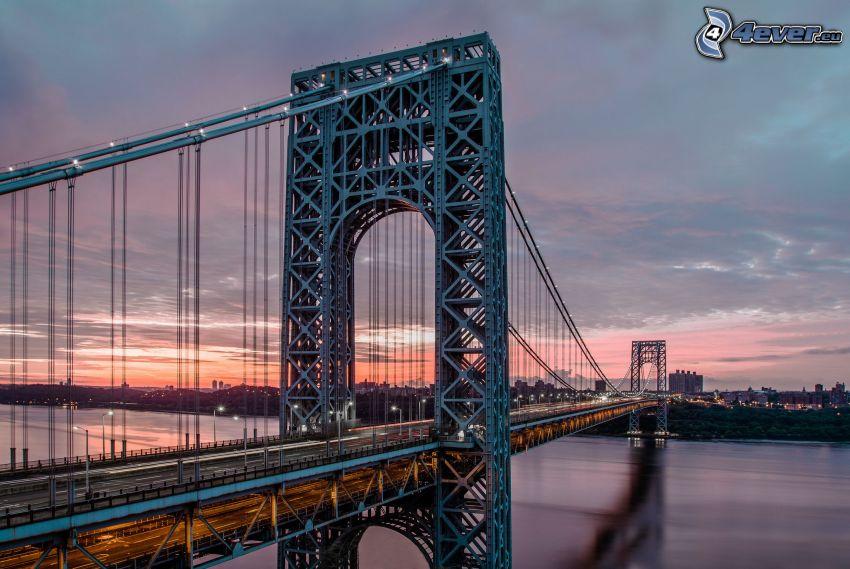George Washington Bridge, après le coucher du soleil