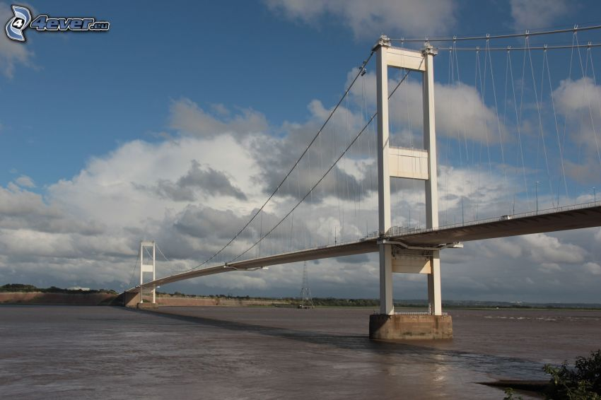 Severn Bridge, rivière, nuages