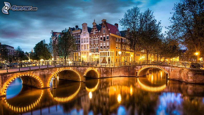 Amsterdam, fossé, pont illuminé