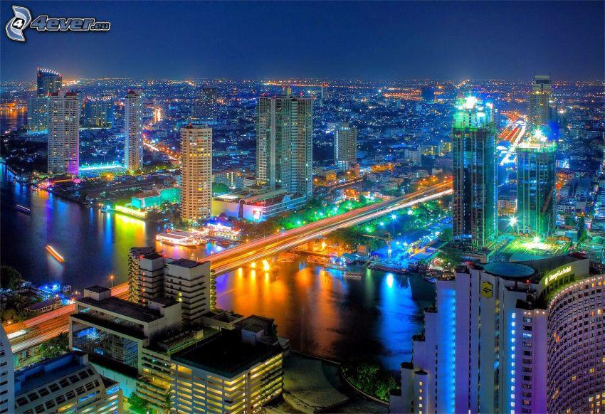 Bangkok, ville dans la nuit