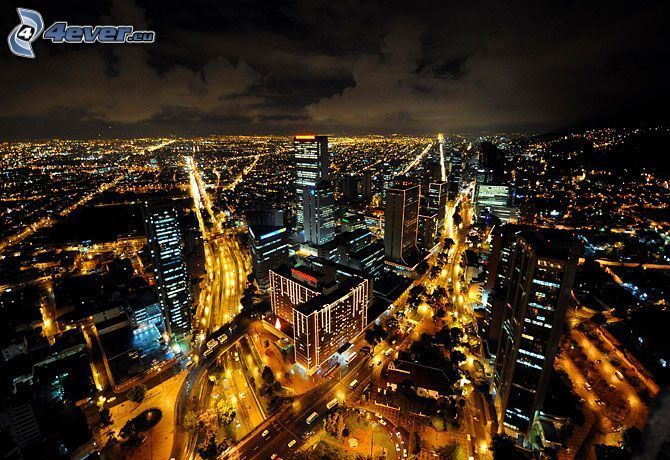 Bogota, ville dans la nuit