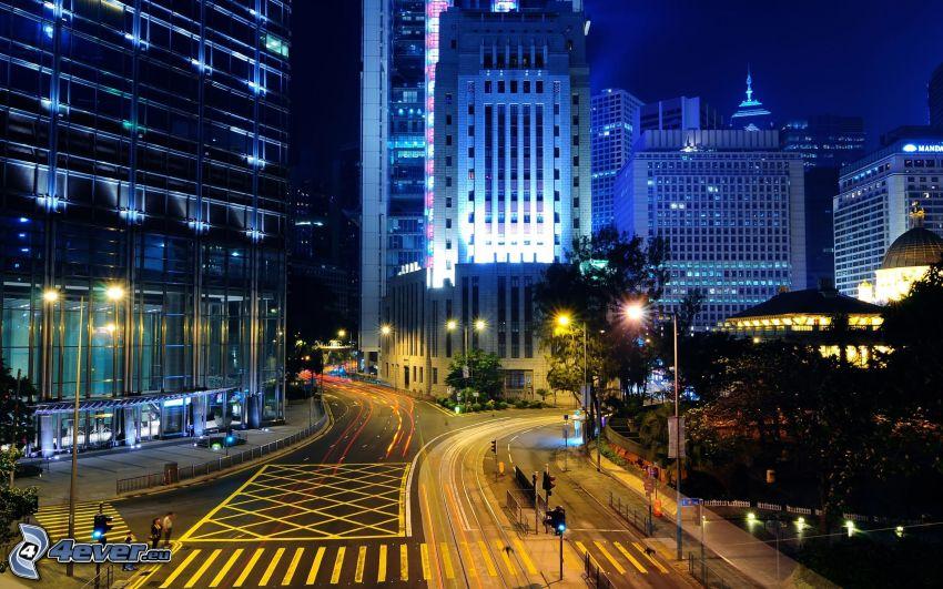 Hong Kong, ville dans la nuit, gratte-ciel