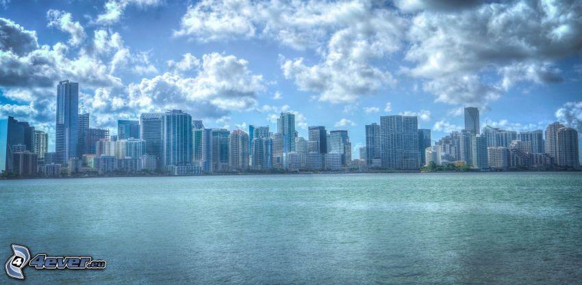 Miami, gratte-ciel, nuages, HDR