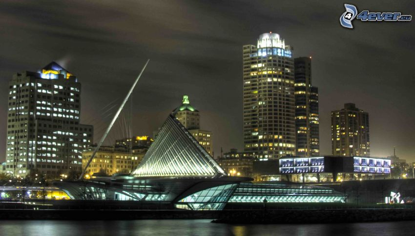 Milwaukee, Milwaukee Art Museum, ville dans la nuit
