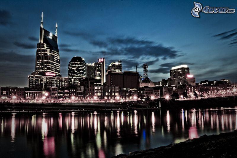 Nashville, ville dans la nuit