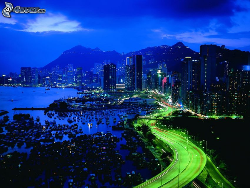 ville dans la nuit, gratte-ciel, route, port