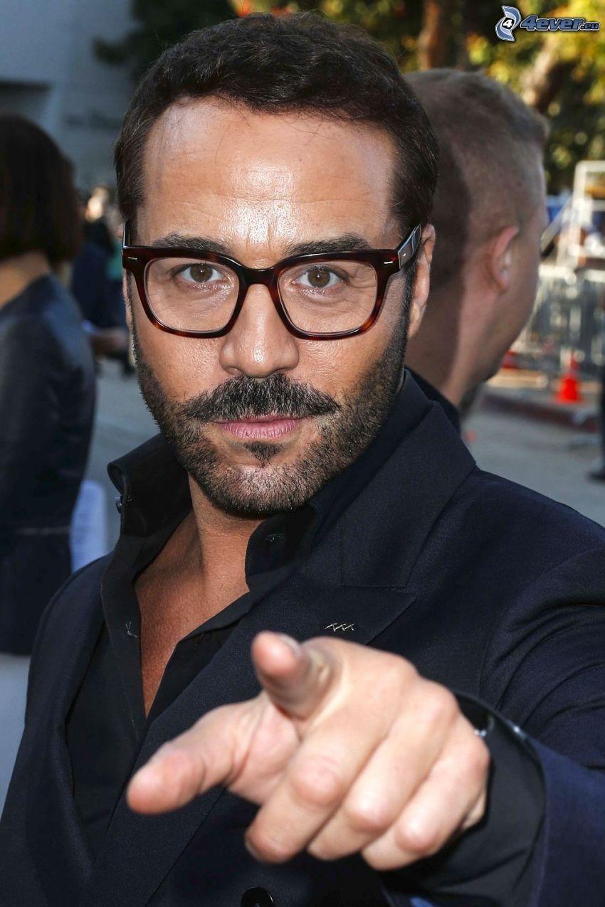 Jeremy Piven, homme avec des lunettes