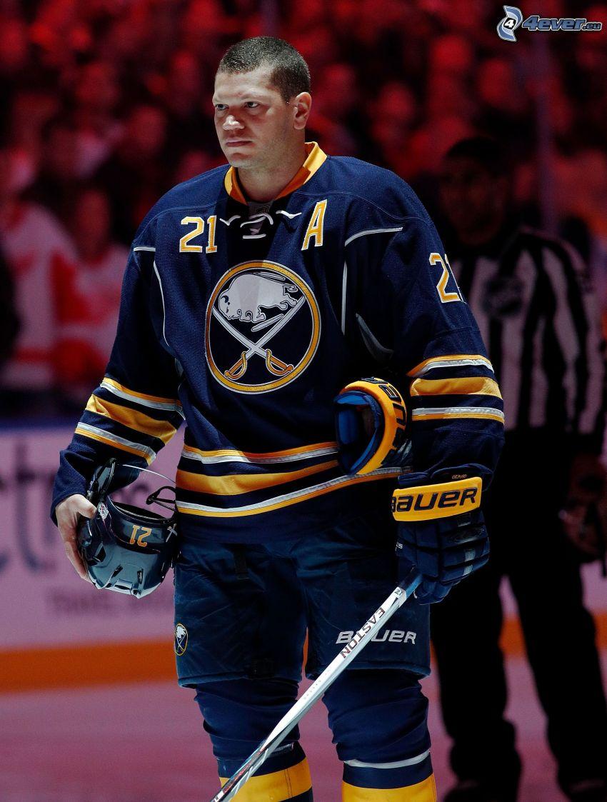 Kyle Okposo, joueur de hockey