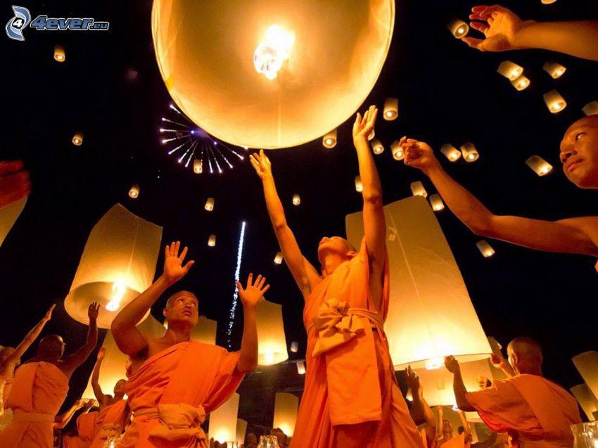 moines, lanternes, de chance, nuit