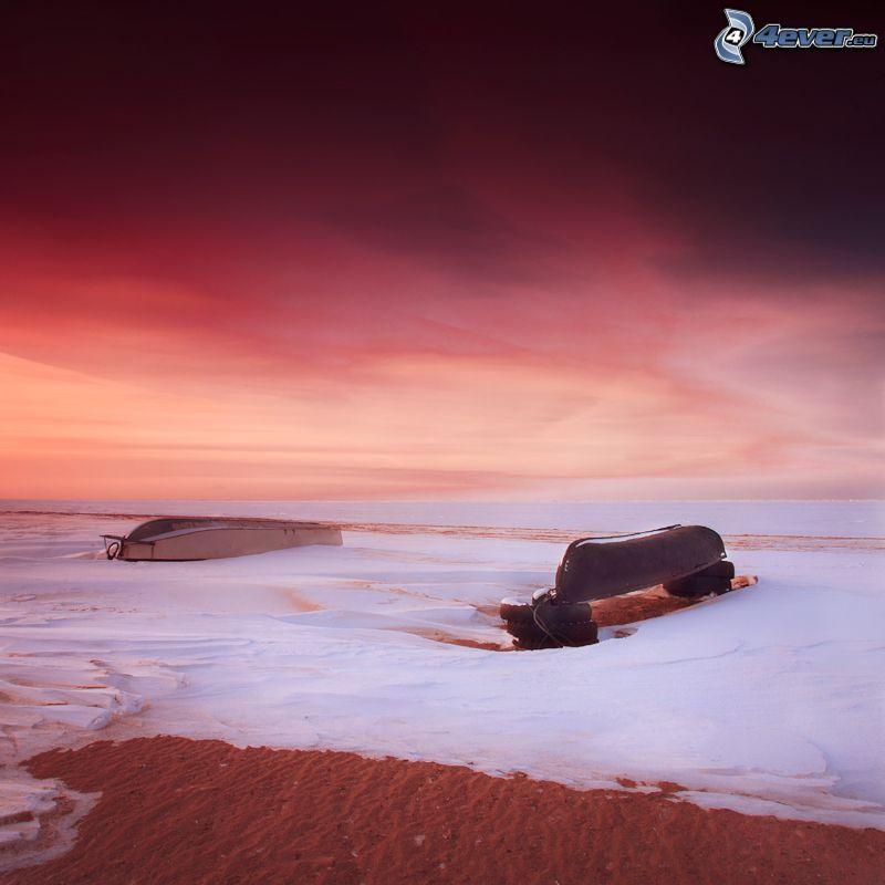 bateau, neige, après le coucher du soleil