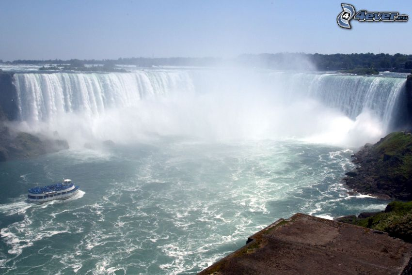 chutes Niagara, bateau mouche