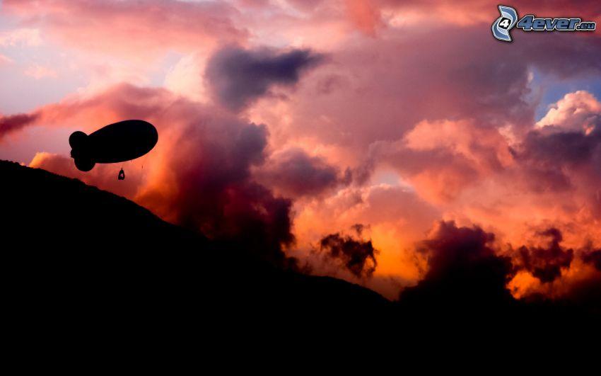 dirigeable, silhouette, nuages, après le coucher du soleil