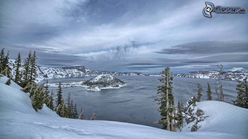 Crater Lake, Oregon, lac, montagnes enneigées