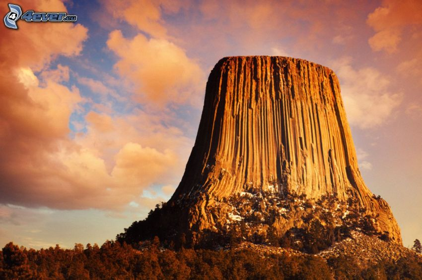 Devils Tower, nuages