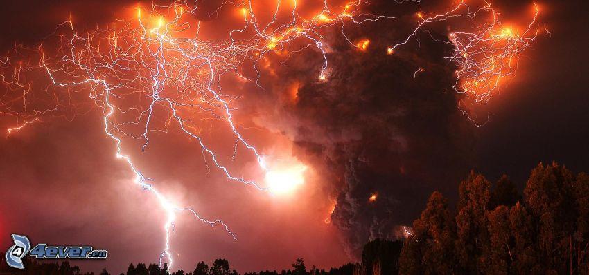 éruption du volcan, nuage volcanique, foudre