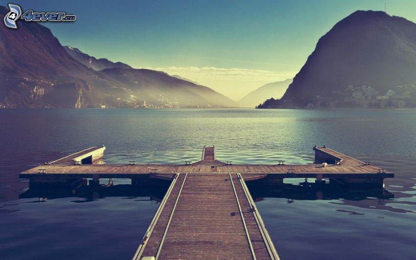 jetée en bois, lac, collines