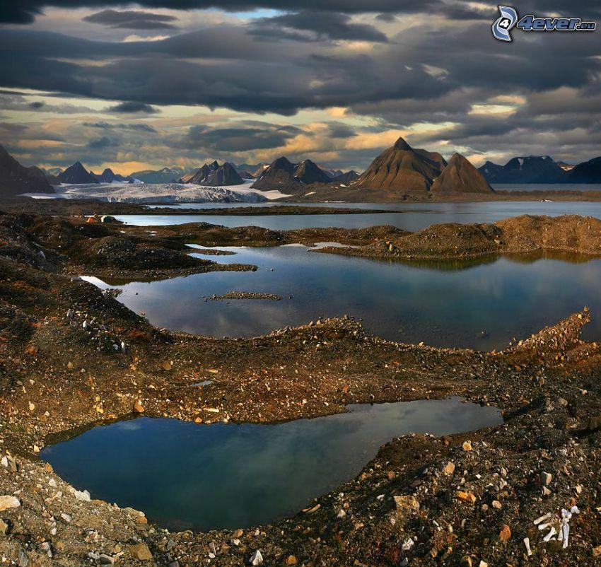 lac, pierres, collines, neige, nuages