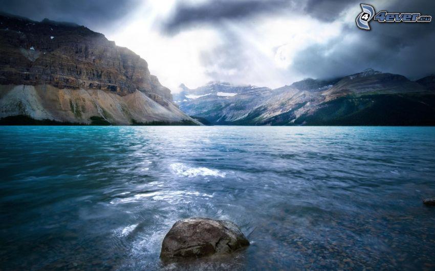 mer, pierre, montagnes rocheuses, rayons du soleil, nuages