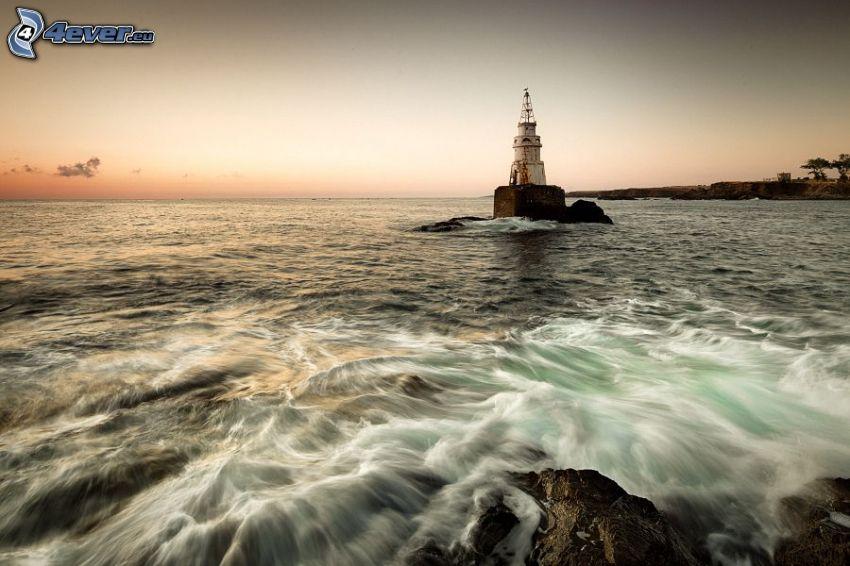 phare sur l'île, mer