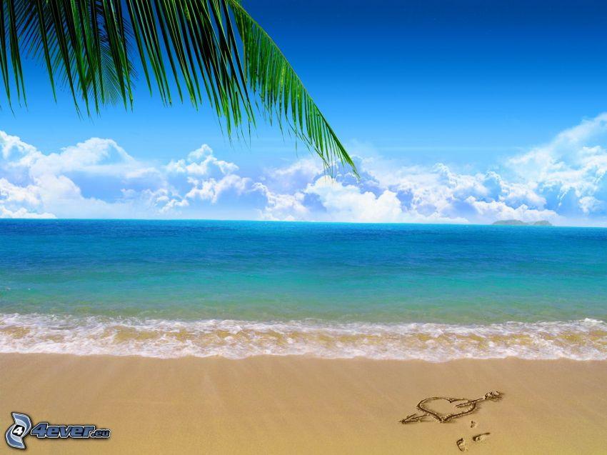 plage, cœur dans le sable