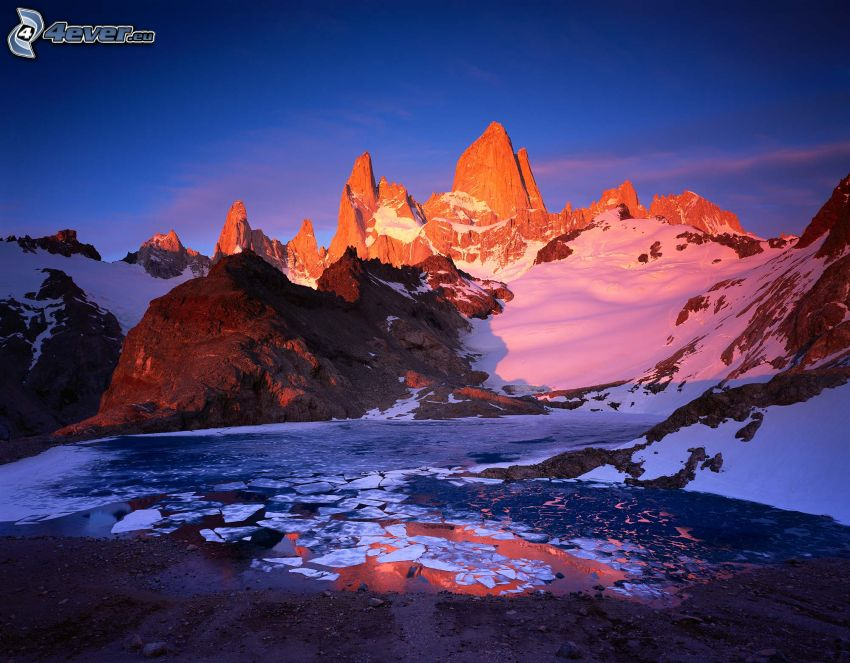 Mount Fitz Roy, montagnes rocheuses, neige