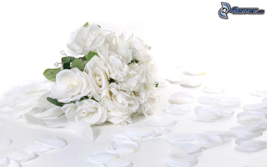 bouquet de mariage, roses blanches, pétales de roses