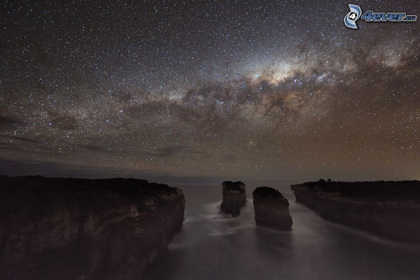 falaises côtières, mer, ciel de la nuit, ciel étoilé
