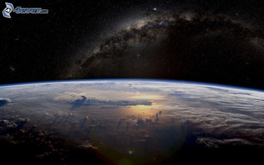 Terre, Voie lactée