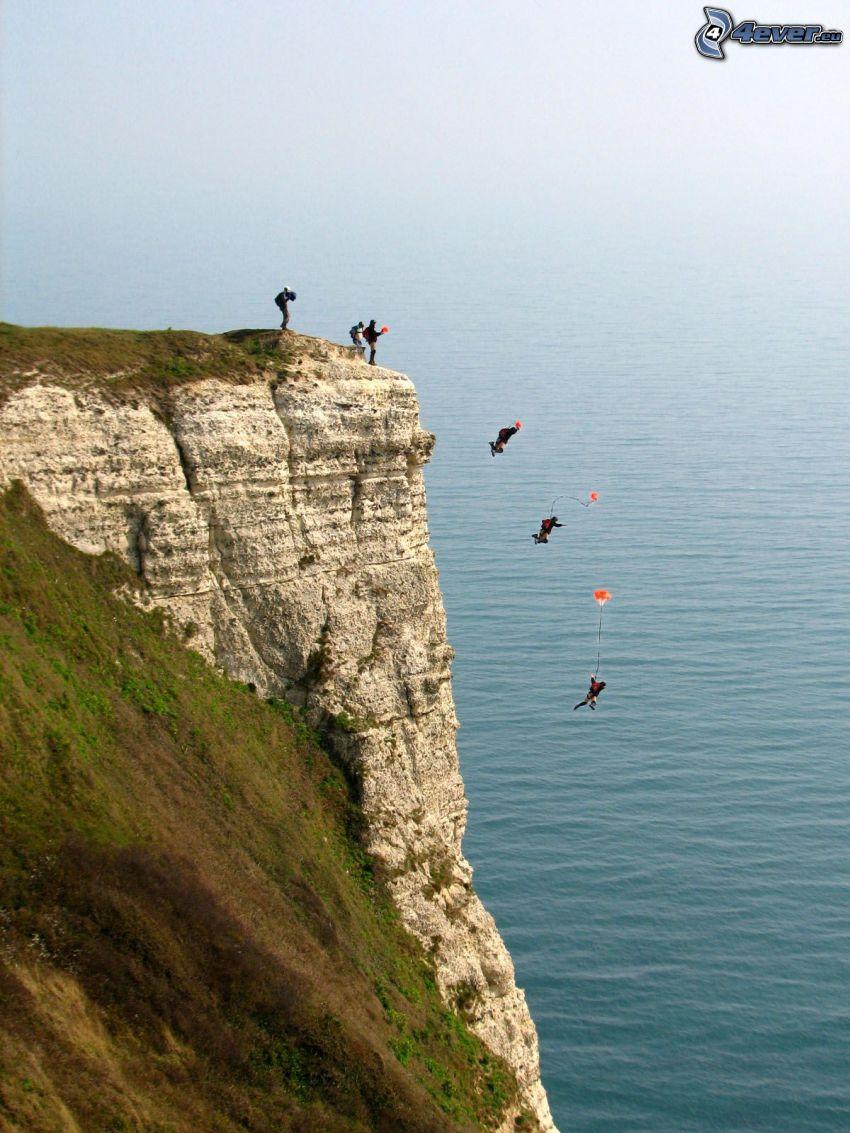 BASE Jump, falaise, mer