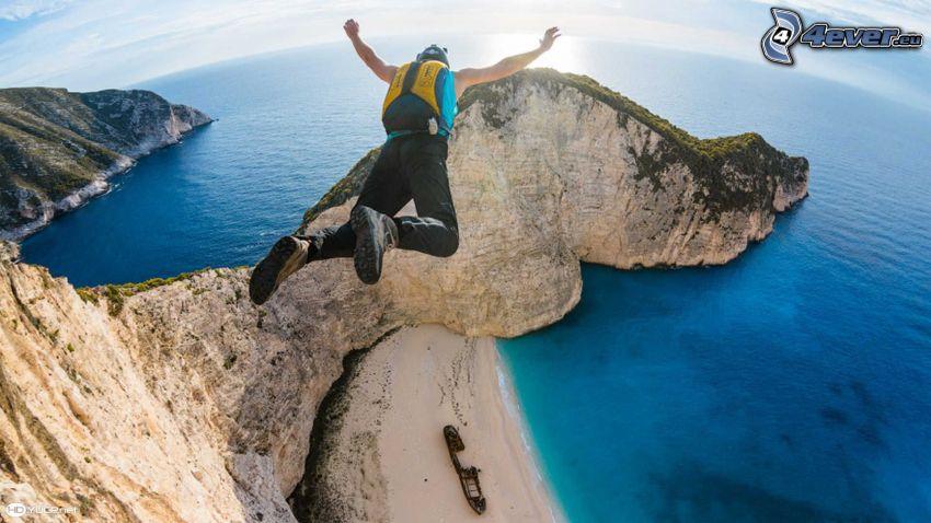 BASE Jump, falaises côtières, ouvert mer
