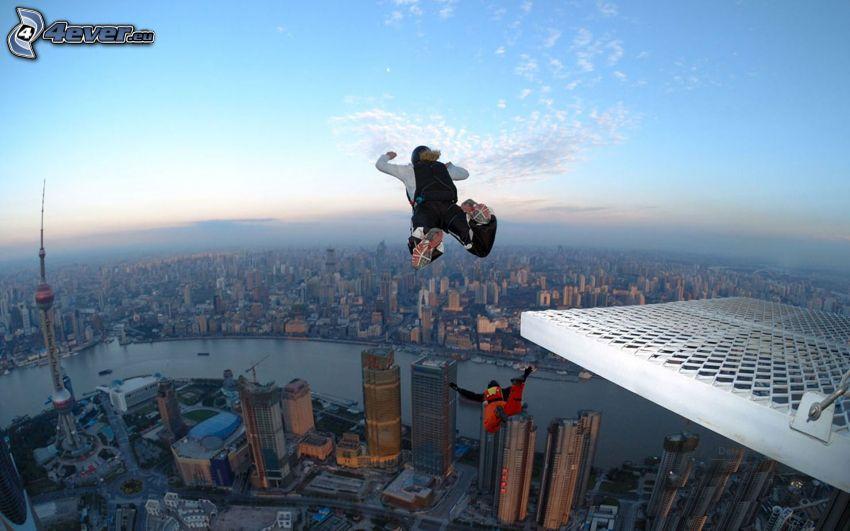 BASE Jump, Shanghai, ville de nuit, rivière, gratte-ciel