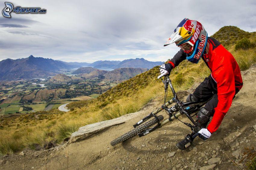 mountainbiking, vue sur les montagnes