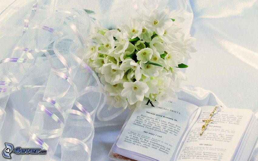 bouquet, fleurs blanches, livre, ruban
