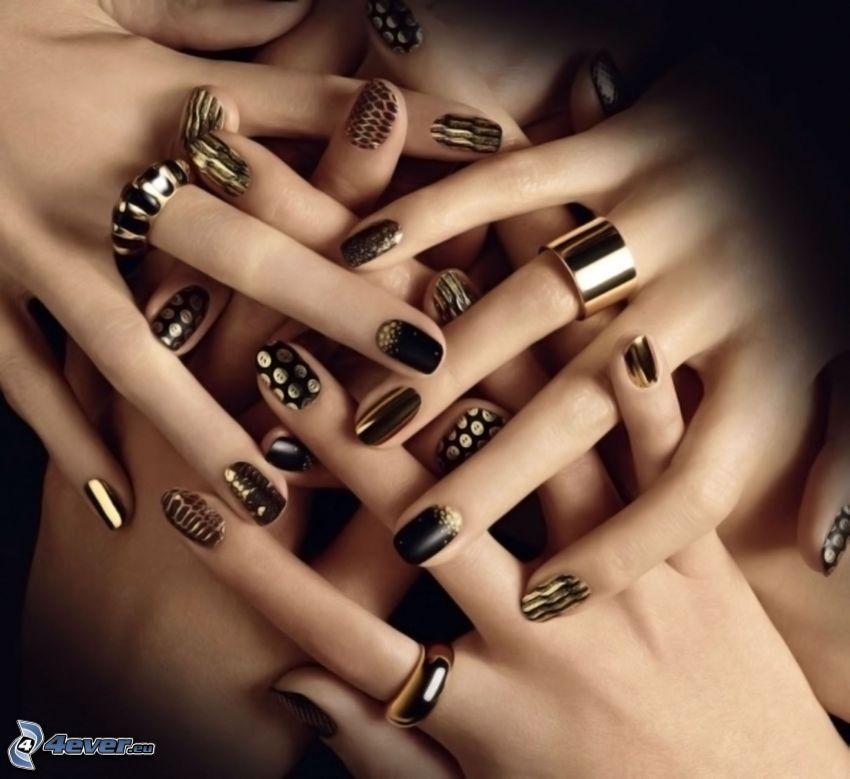 mains, ongles peints