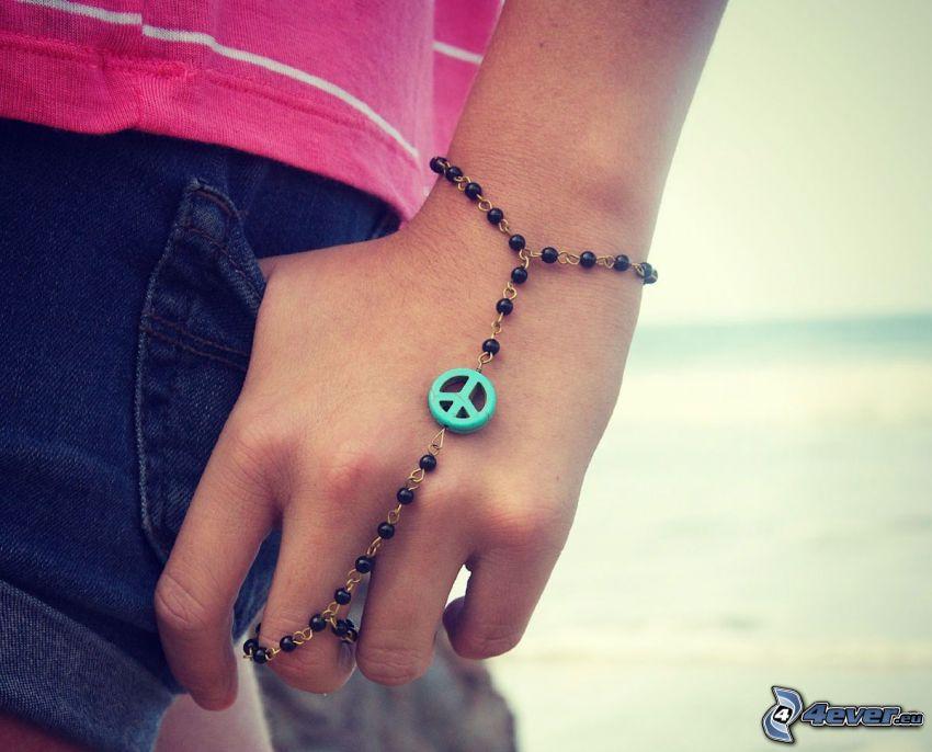 bracelet, paix, main, shorts