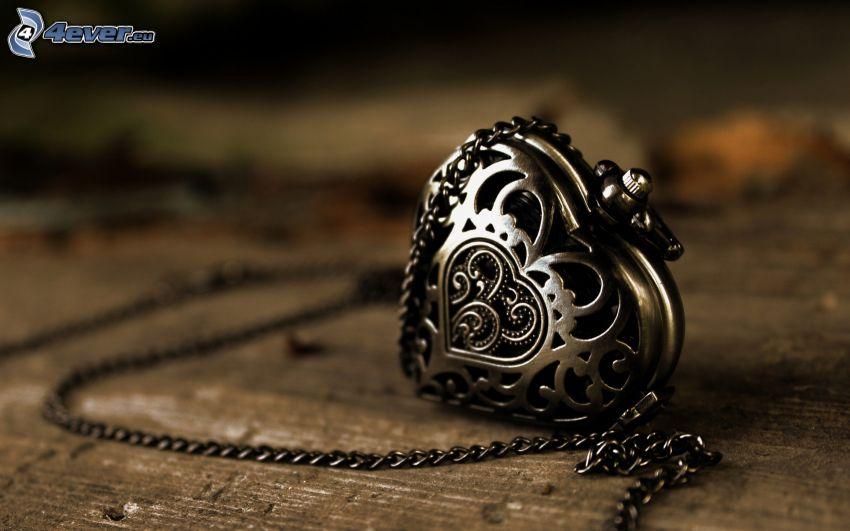 pendentif en argent, cœur, collier