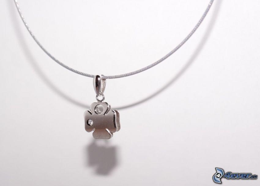 pendentif en argent, trèfle à quatre feuilles, collier