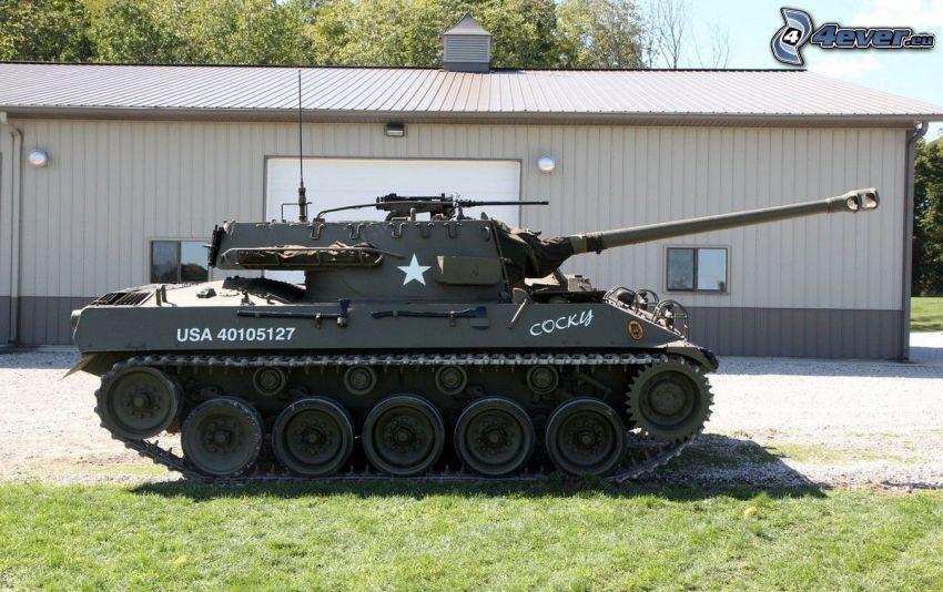 M18 Hellcat, char, garage