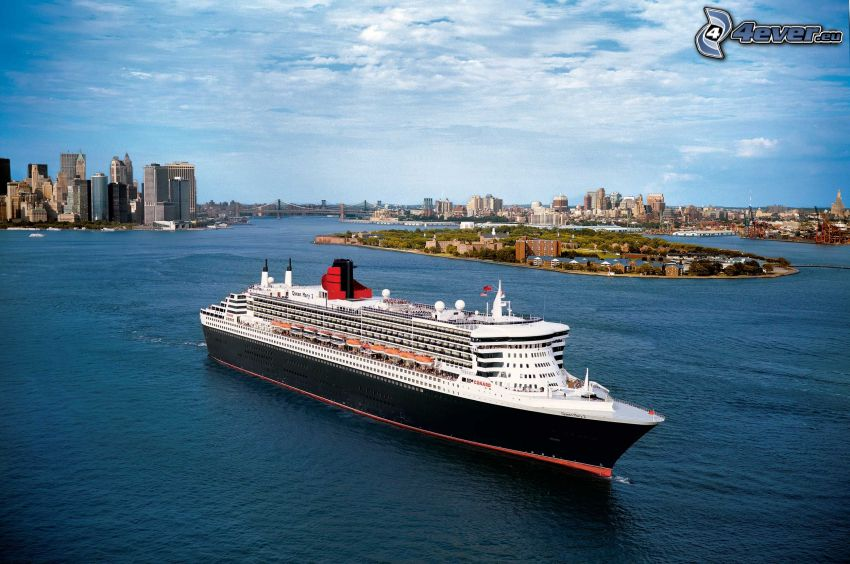 Queen Mary 2, Bateau de luxe, Manhattan