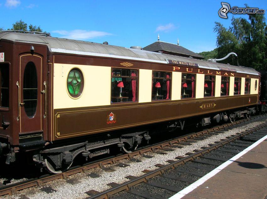 Orient Express, Pullman, voiture-restaurant