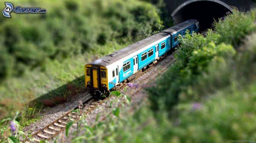 train, tunnel, diorama
