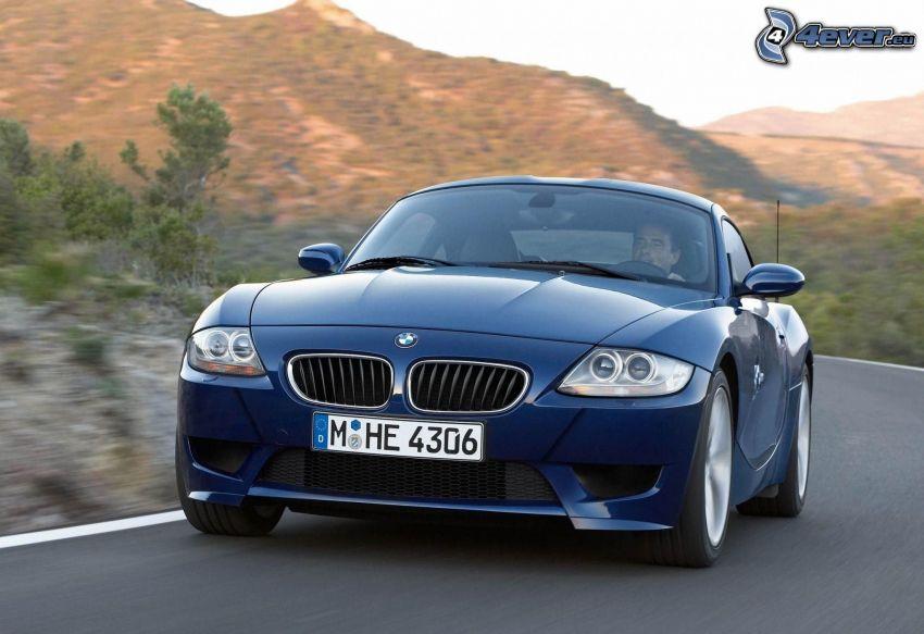 BMW Z4 Coupé, la vitesse, collines