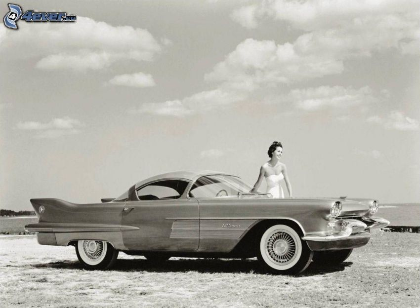 Cadillac, automobile de collection, femme, noir et blanc