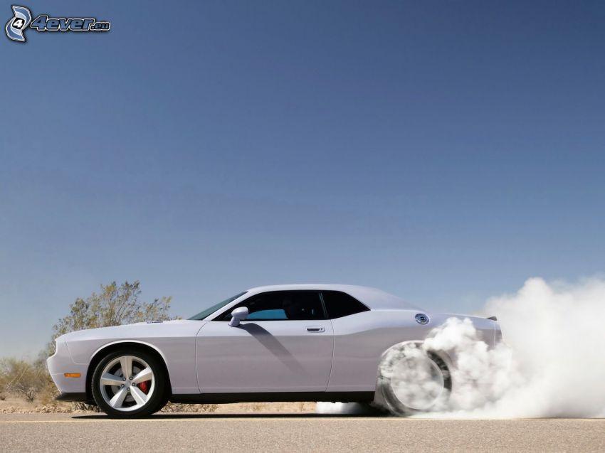 Dodge Challenger, burnout, fumée