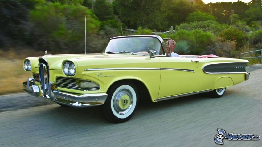 Edsel Corsair, automobile de collection, la vitesse