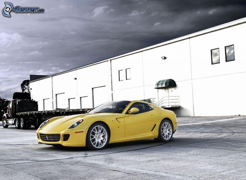 Ferrari, bâtiment