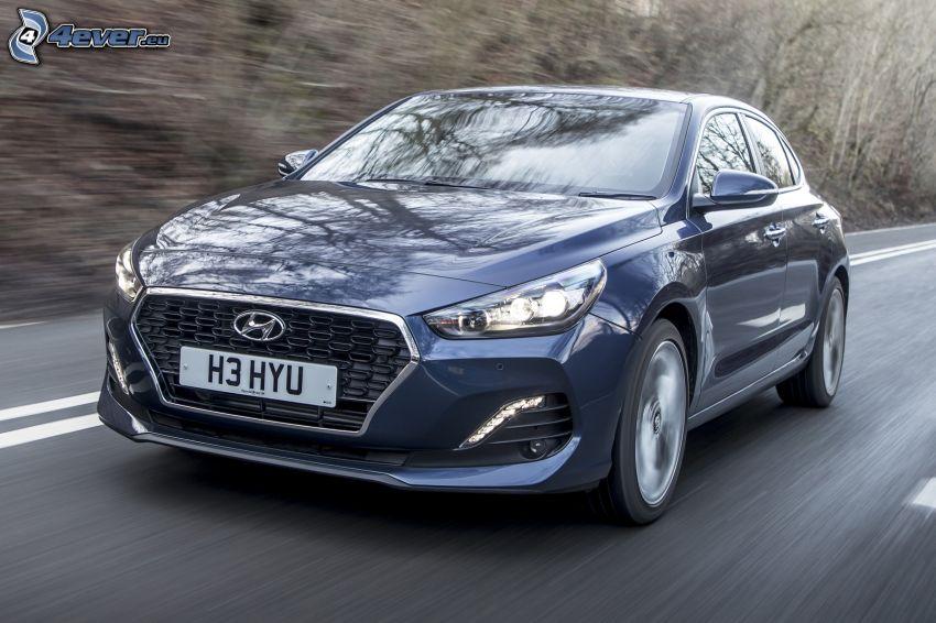 Hyundai i30, la vitesse, route