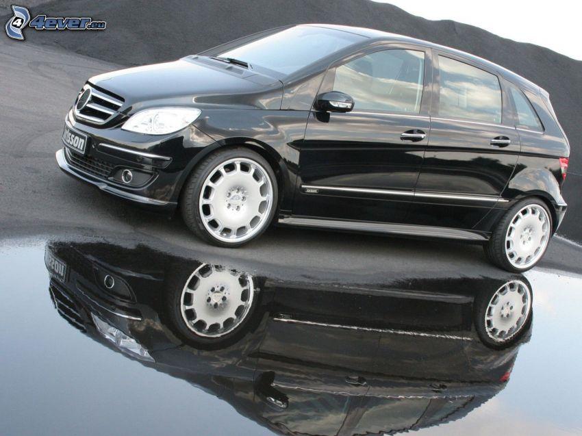 Mercedes-Benz B, éclaboussure, reflexion